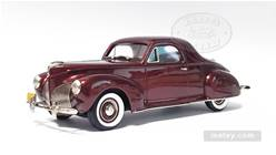LINCOLN-ZEPHYR 1940 COUPE (ROJO)