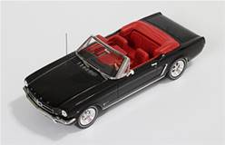 FORD MUSTANG CONVERTIBLE 1965 NEGRO